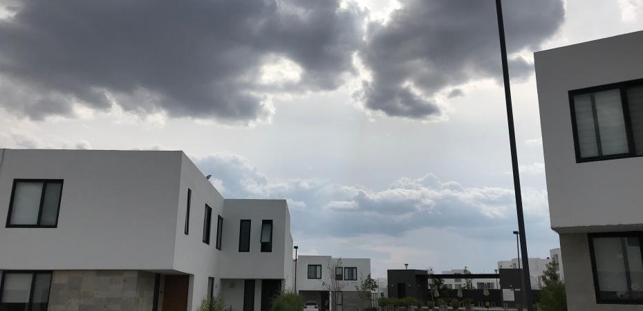 storm clouds over Querétaro